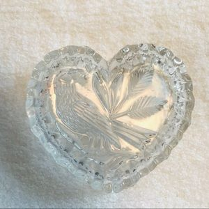 HM3 Etched glass heart shaped dish